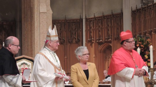 National Secretary-Treasurer Shari Guinta receives Pro Ecclesia et Pontifice medal