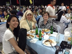 Parish Encounter! What,a wonderful evening! St. Rosario parish hosted a magnificent meal for 400 and dance spectacle by students of St. Carlos University,Cebu. Holy encounters indeed! What a blessing.